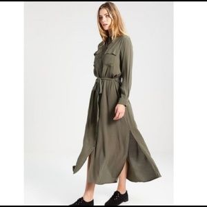 Gap Army Green Button Up Long Sleeve Maxi Dress